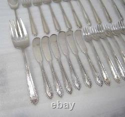 68 Pièce Alvin Della Robbia Sterling Silver Flatware Set 2,325 Grammes D'argenterie