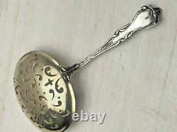Majestic Par Alvin Argent Sterling Pierced Almond Spoon 5.75, Belle Antiquité