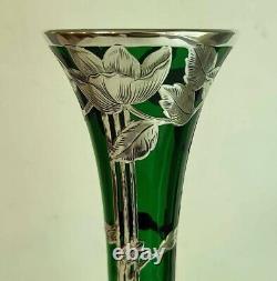 Vase En Verre Vert Superposition En Argent Fin 12 Tall Par Alvin Sterling Art Nouveau